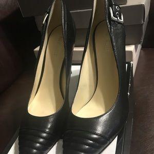 Nine West gorgeous heels shoes size 11 black
